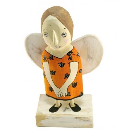 Rankų darbo medinis angelas