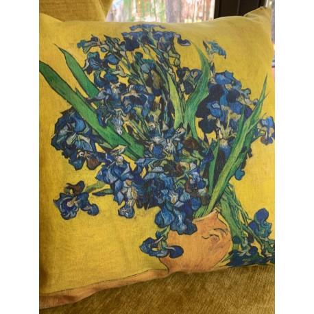 """Lininė pagalvė """"Irisai"""""""