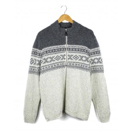 Raštuotas vyriškas vilnos megztinis